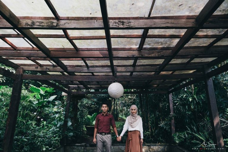 Hidden Paradise Jakarta Session - Aliy Photography